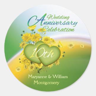 Party för bröllopsdag för solskenhjärtor 10th runt klistermärke