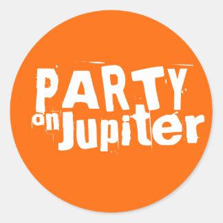 Party på Jupiter klistermärkear Runt Klistermärke
