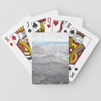 Pastell beskådar att leka kort spelkort