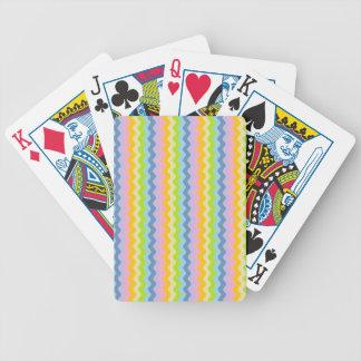 Pastell ror av Rickrack som leker kort Spelkort