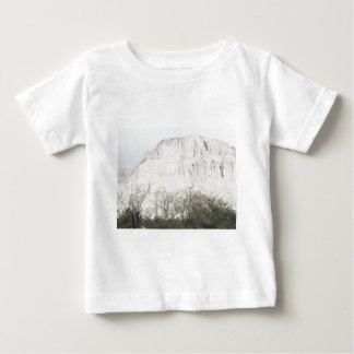 Pastell skissar av backen i Tucson Tee Shirt