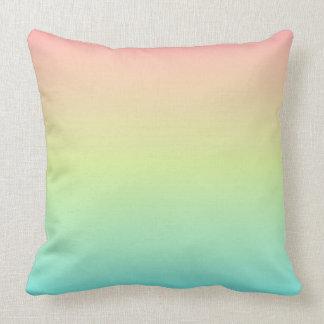 Pastellfärgad dekorativ kudde 20x20