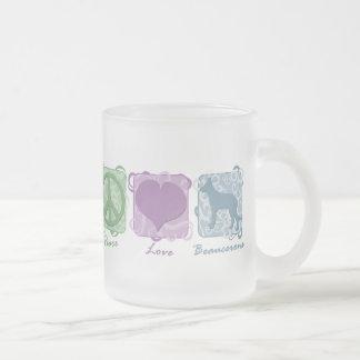 Pastellfärgad fred, kärlek och Beaucerons Frostad Glasmugg