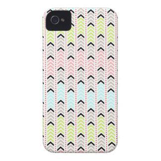 Pastellfärgad geometrisk Aztec sparredesign iPhone 4 Case-Mate Case