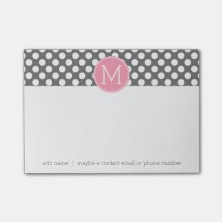 Pastellfärgad rosa & grå polka dots med den post-it block
