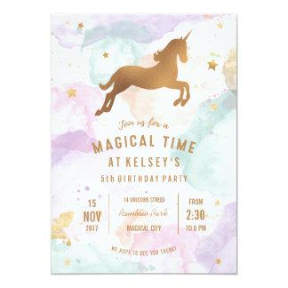 Pastellfärgad Unicornfödelsedagsfest inbjudan