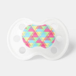 Pastellfärgade trianglar napp