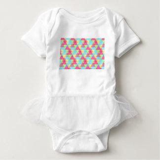 Pastellfärgade trianglar t shirts