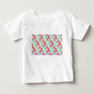 Pastellfärgade trianglar tee