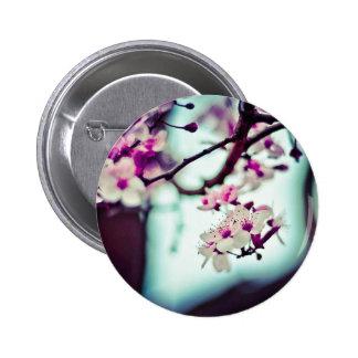 Pastellfärgat körsbärsrött blommarfoto standard knapp rund 5.7 cm