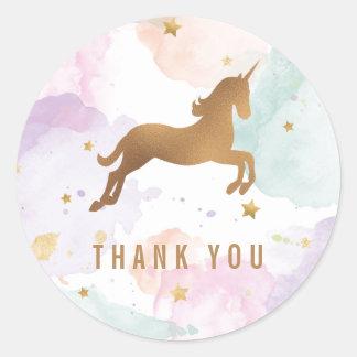 Pastellfärgat Unicornfödelsedagsfesttack Runt Klistermärke