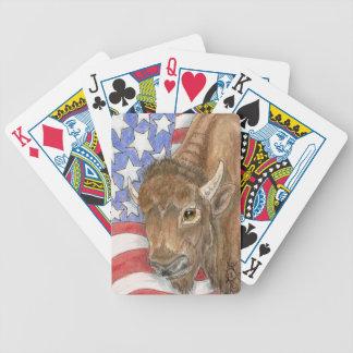 Patriotisk buffel och amerikanska flaggan som leke spelkort