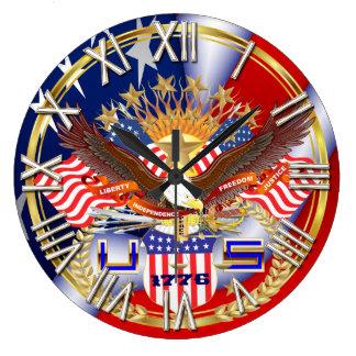 Patriotisk eller veteranplocka en beskådar stor klocka