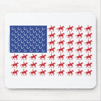 Patriotisk häst och ryttareamerikanska flaggan musmatta