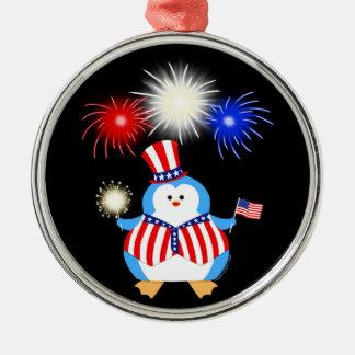 Patriotisk pingvin med fyrverkerier julgransprydnad metall