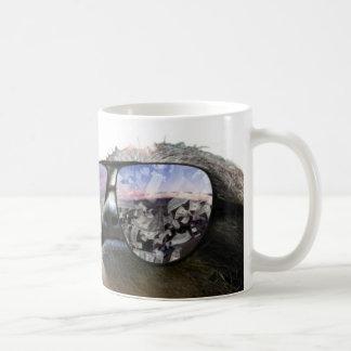 Pengar på mitt varar besvärad kaffe kopp