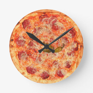 PeperoniPizza Time Rund Klocka