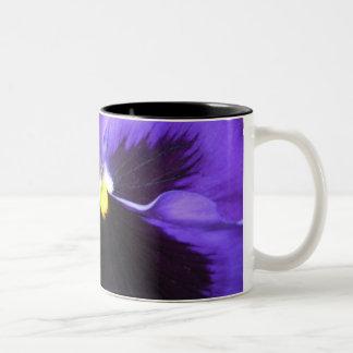 Perfekt purpurfärgat Två-Tonad mugg