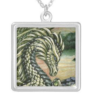 Peridotdraken kvadrerar halsbandet silverpläterat halsband