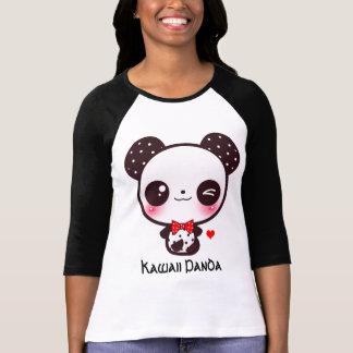 Personifiera den Kawaii pandaen T-shirt