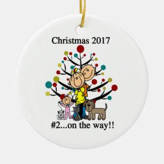 Personligfamilj med husdjurprydnaden julgransprydnad keramik