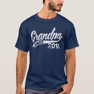 Personligmorfar efter år tröjor