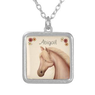 Personligpalomino- och blommahästhalsband silverpläterat halsband