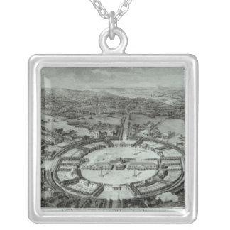 Perspektiv beskådar av townen av Chaux, C. 1804 Silverpläterat Halsband
