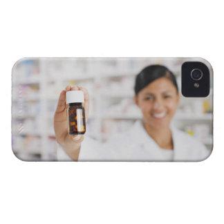 Pharmacist i flaska för pill för droglagerinnehav iPhone 4 skydd
