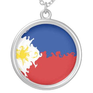Philippines Gnarly flagga Halsband Med Rund Hängsmycke