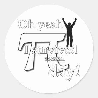 Pi-dagfirande - Oh Yeah överlevde jag Runt Klistermärke