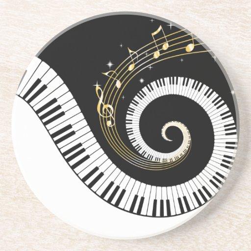 Pianonycklar och guld- musik noter glasunderlägg