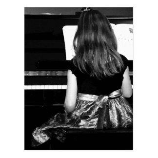 Pianot övar. Svartvitt fotografera Vykort