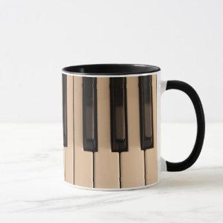 Pianot stämm kaffemuggen