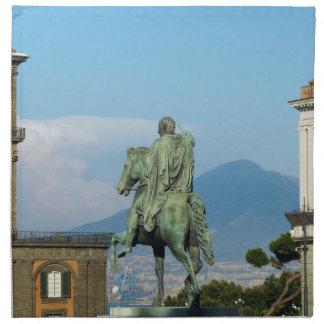 Piazza del Plebiscito, Naples Tygservett