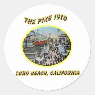 Piken 1910 runt klistermärke