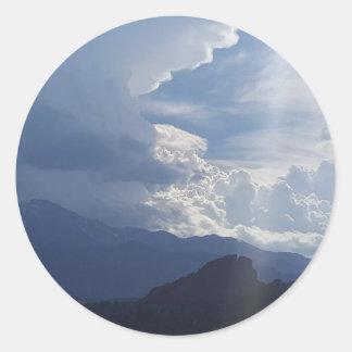 Pikes moln runt klistermärke