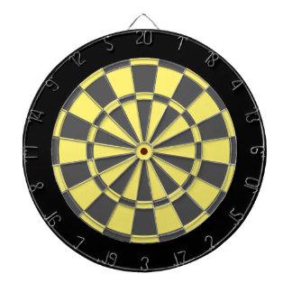Pilen stiger ombord: Ljust - gulna, kolgrått och Piltavla