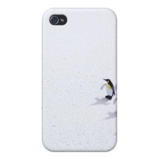 Pingvinen som leker fotboll iPhone 4 fodral