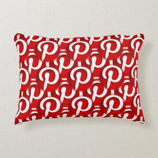 Pinterest symbol prydnadskudde