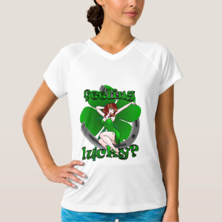 Pinup för irländare för damer för inpassad T-tröja T Shirts