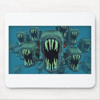 Piranhasfiskanpassningsbar personifierar årsdagar musmatta