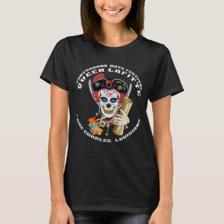 Piratdrottning 1 1 och 2 beklär och drar tillbaka t-shirts
