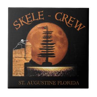 Piratskelett i det St Augustine fort Florida! Kakelplatta