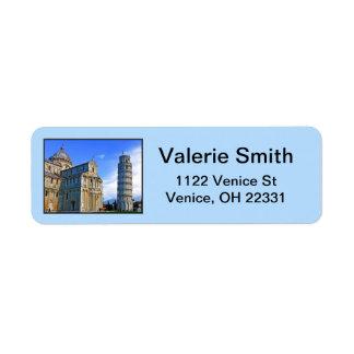 Pisa det lutande torn med kärlekcitationstecken returadress etikett