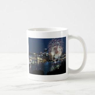 Pittsburgh fyrverkerier kaffemugg