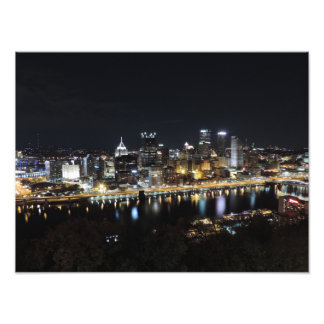 Pittsburgh horisont på nattaffischen fototryck