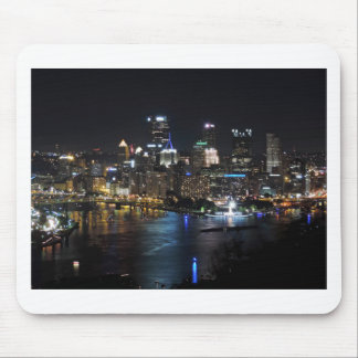 Pittsburgh horisont på natten musmatta