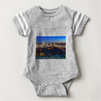 Pittsburgh horisont på solnedgången tee shirts