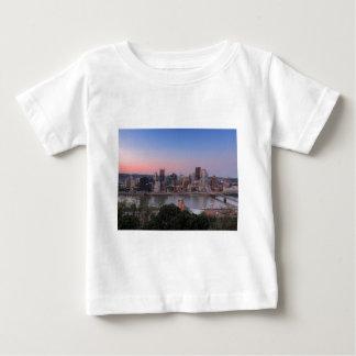 Pittsburgh horisont på solnedgången tröjor